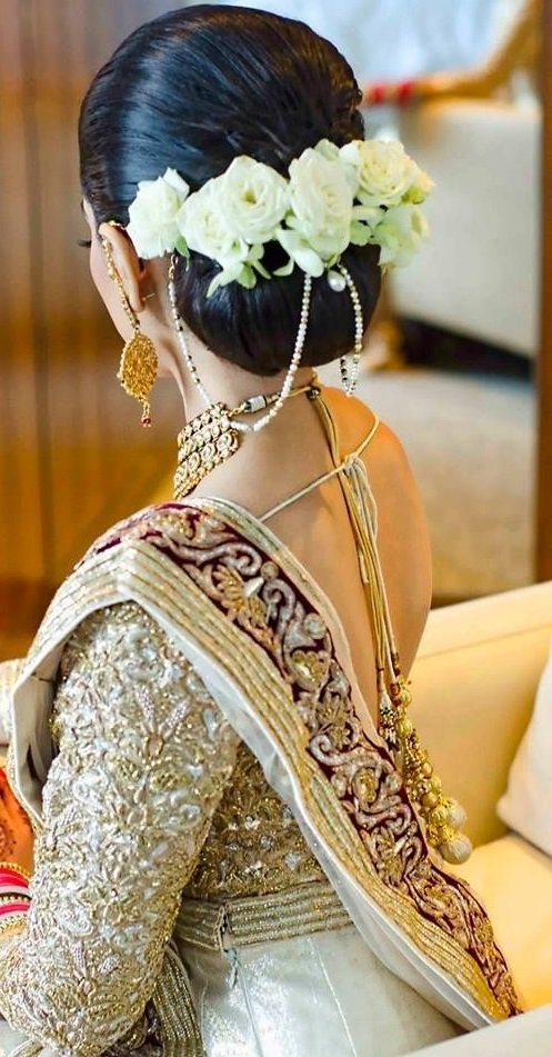 Hairstyles for saree, indian hairstyles, hairstyle on saree, traditional hairstyles, Hairstyle on saree for round face, hairstyle on saree for engagement, hairstyle for saree pictures, Hairstyle for saree short hair, Hairstyle for saree step by step, Hairstyle for saree tutorial.