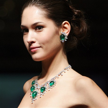 Top 15 Designer Jewelry Brands List in the World