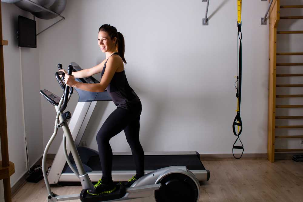running-on-treadmill - Workout for busy mom, exercise for women at home, easy exercise to do at home for women and mom