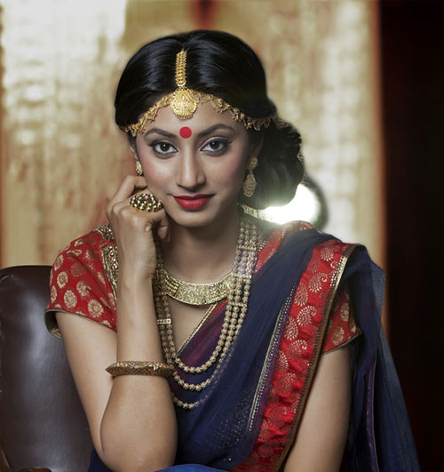 hairstyle for saree pictures hairstyle for saree tutorial simple hairstyle for saree step by step hairstyle on saree for party hairstyle on saree for wedding saree hairstyles for medium hair hairstyles for sarees round face hairstyle on saree for engagement
