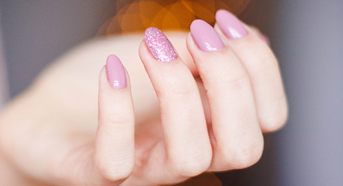 Dip nails - the main facts you need to know about the technique