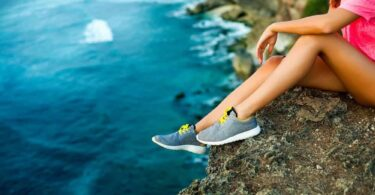 How to Choose the Best Travel Shoes?