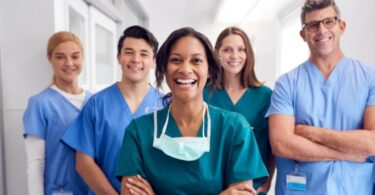 How to Choose the Right Career in Healthcare