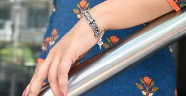 Silver Bracelets: A style staple for everyone