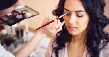 Develop an Exciting Career as a Makeup Artist